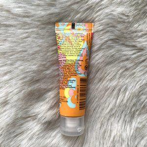 Sephora Makeup - Amika Hair Moisture and Shine Cream